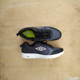 UMBRO HONIARA UMFL0018 15 BLACK/YELLOWNO SHOE BOX